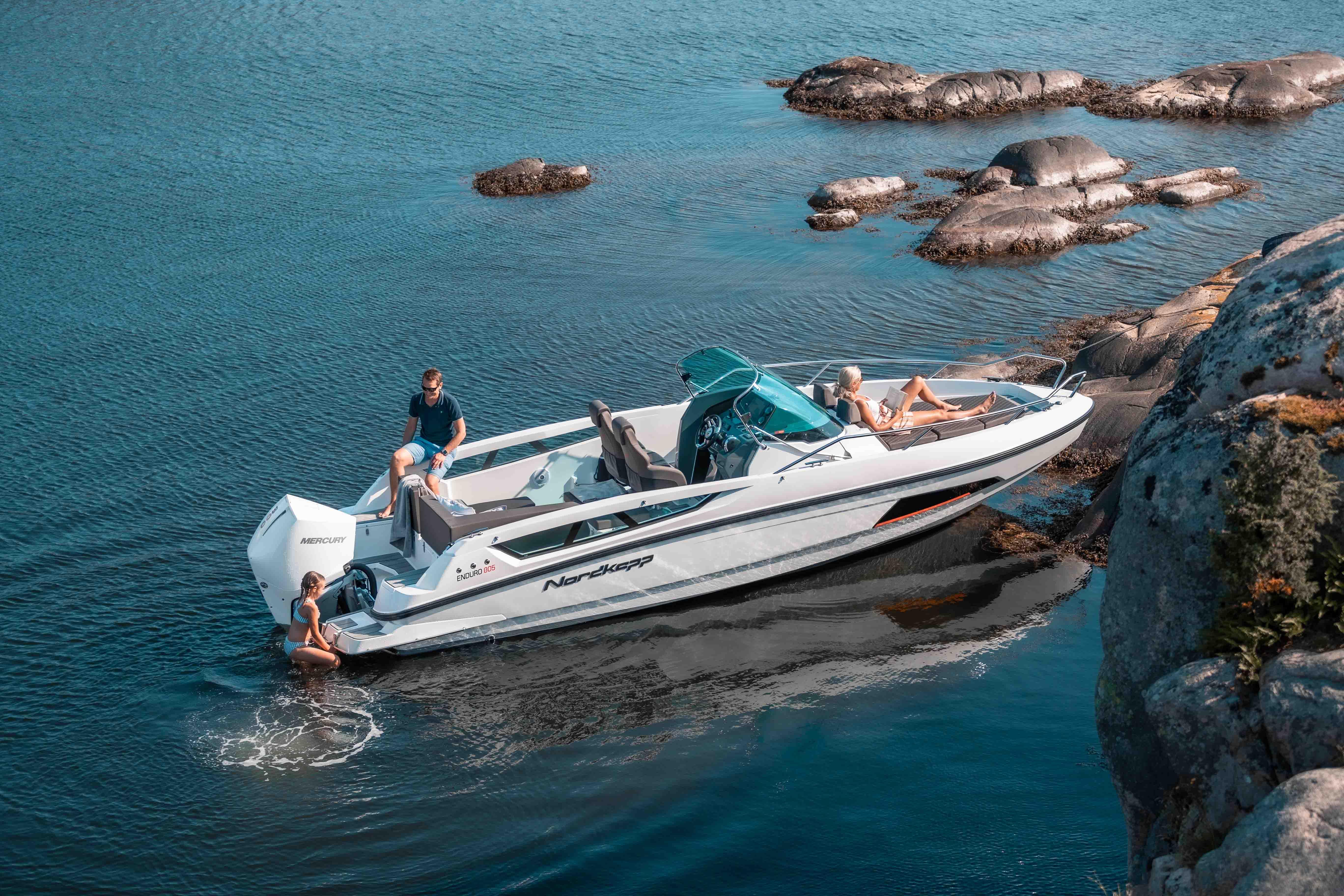 3 turperler i Vestfold-Telemark du må besøke med båt i sommer